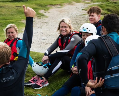 coasteering-guide-explaining-safety