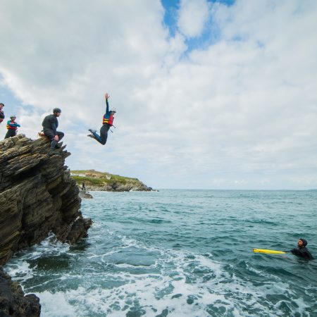 hen-party-coasteering-jump
