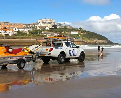 beach-lifeguard-truck-parked-newquay-towan-beach