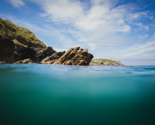 Cornwall-coasteering-rocks-ocean