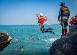 cliff-jumping-coasteering