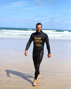surf-instructor-cornish-wave