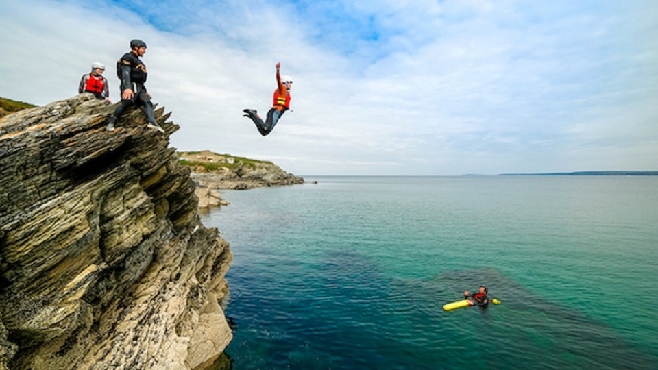 Surfing-coasteering-wild-camping-adventure-weekends